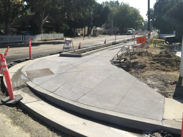 concrete sidewalk in Washington project august 2018