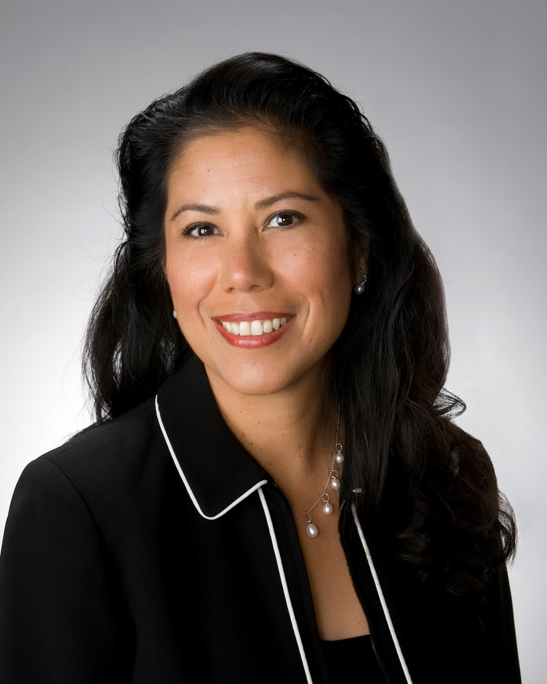 martha guerrero headshot