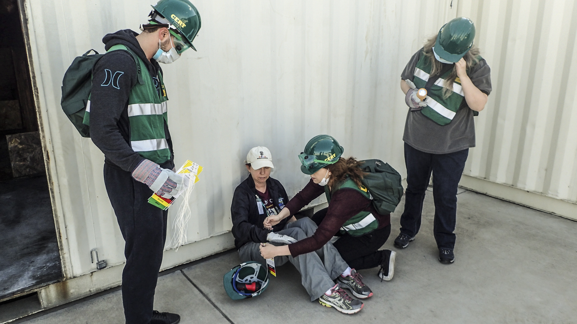 west sac community emergency response team attend to victim during training exercise